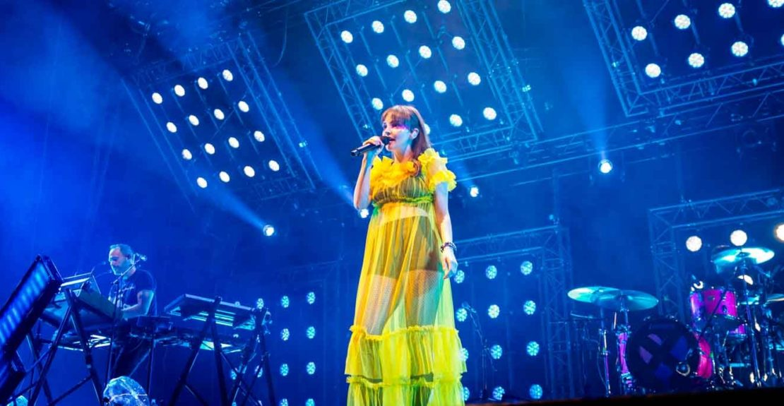 CHVRCHES play in there hometown of Glasgow and electfy the crowds at teh SSC Hydro
